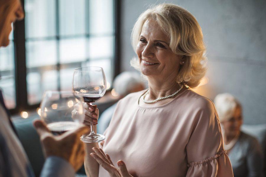 SeniorFriendFinder dating online